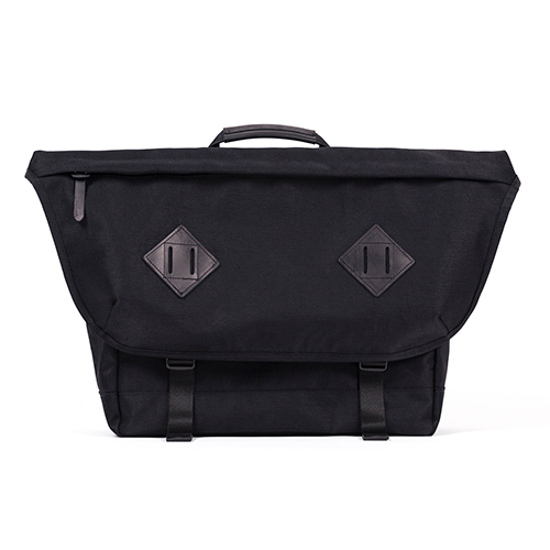 CL MESSENGER BAG (black)